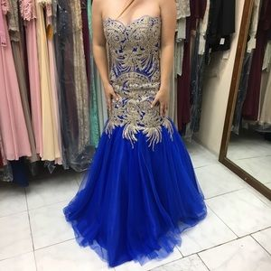Formal gown worn once
